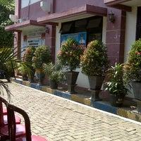 Photo taken at Kantor Kecamatan Ciledug - Kota Tangerang by heri c. on 3/27/2012