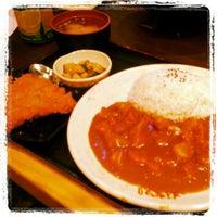 Photo taken at Ajisen Ramen 味千ラーメン by Eva L. on 8/23/2012