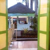Photo taken at Rutan Kebon Waru by Budi S. on 1/14/2012