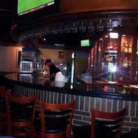 Photo taken at Tony Roma's Ribs, Seafood, & Steaks by Raú A. on 8/19/2012