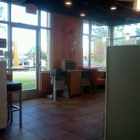 Photo taken at Taco Bell by Josephine L. on 5/2/2012