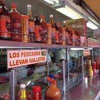 Photo taken at El Primo Pescados Fritos Y Mariscos by Mario Arturo C. on 7/10/2012