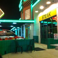 Photo taken at Quaker Steak & Lube by John S. on 3/28/2012