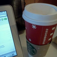 Photo taken at Starbucks by Marcelle on 11/23/2011