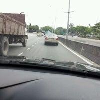 Photo taken at Traffic Light Jalan Salleh by Judy Jannah A. on 1/10/2012