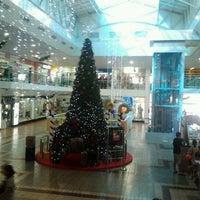 Photo taken at Center Um Shopping by Nilton T. on 12/8/2011