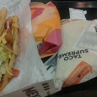 Photo taken at Taco Bell by Krystal D. on 3/23/2012
