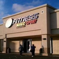 Photo taken at 24 Hour Fitness by Lynae W. on 9/30/2011