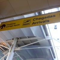Photo taken at Aeroporto de Lisboa - Chegadas / Arrivals by Sara M. on 7/4/2012