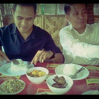 Photo taken at Kambingan Sa Buena Oro by Janey on 3/5/2012