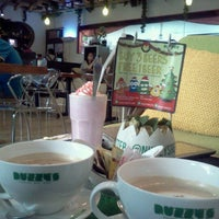 Photo taken at Nuzzy's Mousse and Resto by Poppy L. on 6/16/2012