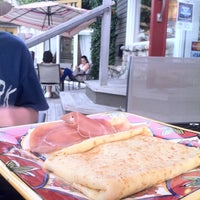 Photo taken at Le Rendez Vous French Bakery And Crepe Cafe by Angel P. on 5/27/2012