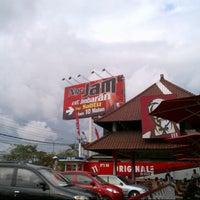 Photo taken at KFC / KFC Coffee by Awai O. on 7/18/2012