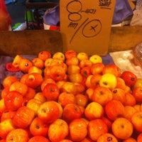 Photo taken at Pasar Malam Sri Rampai by vin_ann on 2/10/2011