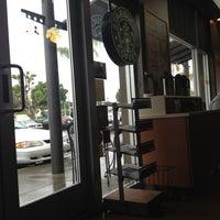 Photo taken at Starbucks by Gustavo M. on 2/13/2012