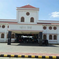 Photo taken at Shirdi Sai Baba Temple (Samadhi Mandir) by SHIVAKANT M. on 5/15/2012