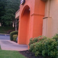 Photo taken at Taco Bell by Michael S. on 8/21/2012