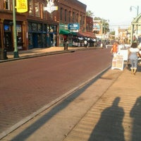 Photo taken at World Famous Beale Street by Chelly on 5/29/2012