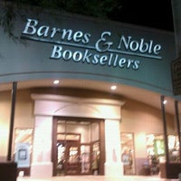 Photo taken at Barnes & Noble by Viv on 9/6/2011