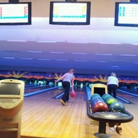 Photo taken at Lanna Bowling - Chiang Mai by thorsten b. on 12/29/2011