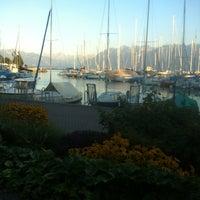 Photo taken at Restaurant du Port de Pully by Gu Sultan 🌙💝🇷🇺🇮🇹 on 8/10/2012