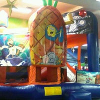 Photo taken at Bounce Realm by ♥ diana maire p. on 1/28/2012