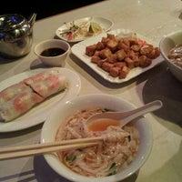 Photo taken at Xe Lua Vietnamese Cuisine 火車頭 by Marie R. on 9/11/2012