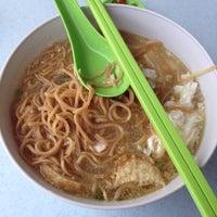 Photo taken at Restoran Yong Len by Ivan B. on 4/13/2012