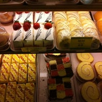 Photo taken at Fay Da Bakery by Jorge Q. on 2/26/2012