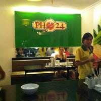 Photo taken at Phở 24 by LOCA on 9/4/2011