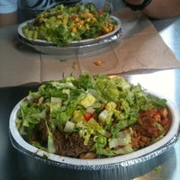 Photo taken at Chipotle Mexican Grill by Mike Y. on 7/31/2011