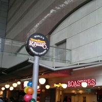 Photo taken at Kenny Rogers Roasters (KRR) by Vince L. on 1/11/2012