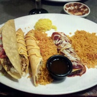 Photo taken at Chevys Fresh Mex by Beverly on 10/8/2011
