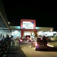 Photo taken at Tesco by lekuq a. on 1/16/2012