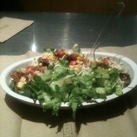 Photo taken at Chipotle Mexican Grill by Lester C. on 9/9/2012
