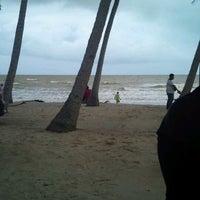 Photo taken at Sri Pantai Chalet Melawi, Bachok by mohd shahriduan m. on 12/9/2011