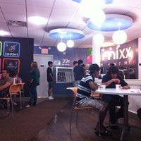 Photo taken at Mixx Frozen Yogurt by Paul H. on 8/7/2011