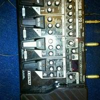 Photo taken at Threeman Music Room by Kittikorn C. on 5/12/2012