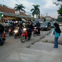 Photo taken at Jalan Cibaduyut by Nor Azman O. on 11/11/2011