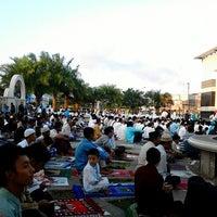 Photo taken at Masjid Agung Syi'arul Islam by Tofan S. on 8/18/2012