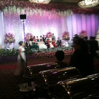 Photo taken at Grand Ballroom - Hotel Mulia Senayan, Jakarta by Valdy on 5/18/2012