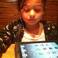 Photo taken at Outback Steakhouse by Maria Florio D. on 4/17/2012