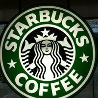 Photo taken at Starbucks by Luis Felipe on 10/29/2011