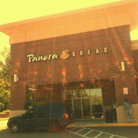 Photo taken at Panera Bread by Unne C. on 8/30/2011