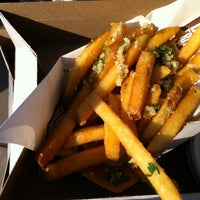 Photo taken at Box Frites by Vinnie R. on 7/6/2012