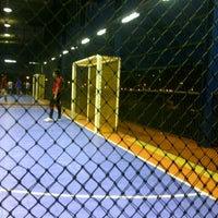 Photo taken at Sports Arena Sentosa by Benjamin  on 8/3/2012