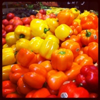 Photo taken at Sprouts Farmers Market by Lennie A. on 5/21/2012