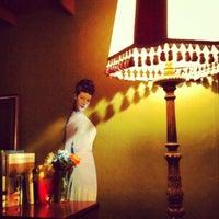 Foto tirada no(a) Foxy Bar por iki b. em 4/20/2012