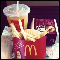 Photo taken at McDonald's by Thais A. on 5/26/2012