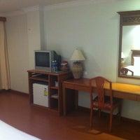 Photo taken at Hatyai Paradise & Resort Hotel by Basmati K. on 12/23/2011
